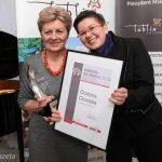 Profesor Grażyna Ginalska otrzymuje wyróżnienie Gazety Wyborczej Kobieta na medal 2014