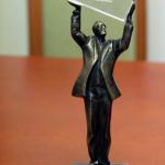 Statuetka laureata Nagrody Gospodarczej Prezydenta Mista Lublin dla profesor Grażyny Ginalskiej